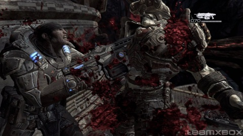 Gears of war 2 Marcus Locust Chainsaw