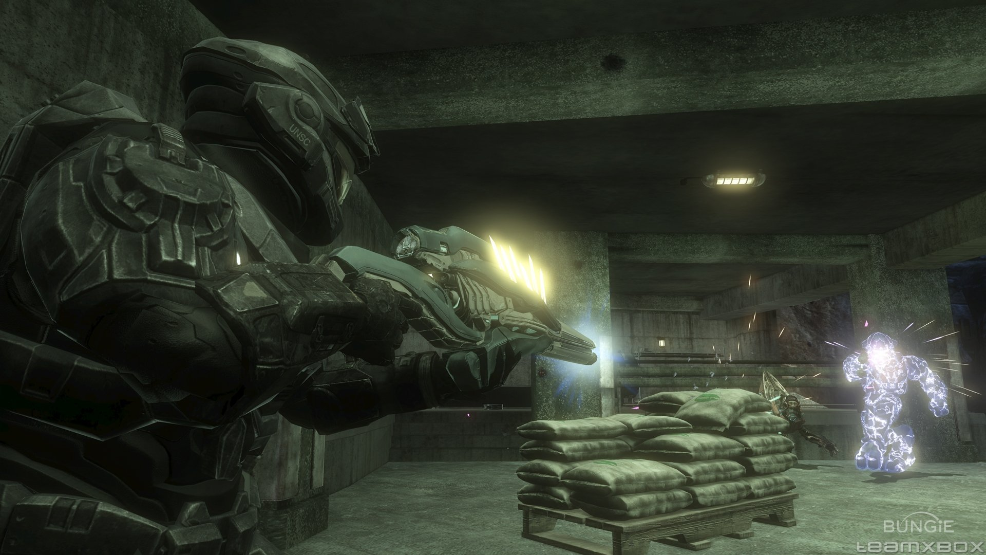 Some thoughts on the halo reach beta blog the first hour - Master chief in halo reach ...